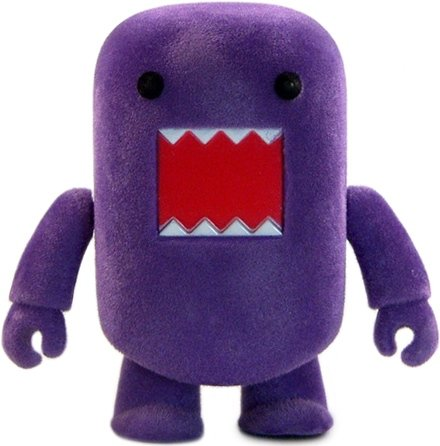 Purple Flocked Domo Qee figure by Dark Horse Comics, produced by Toy2R. Front view.