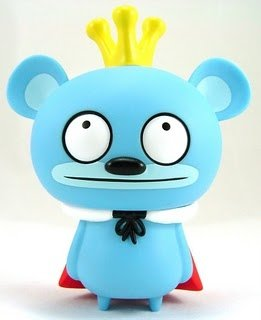 Bossy Bear (12 oclock eyes)  figure by David Horvath, produced by Toy2R. Front view.