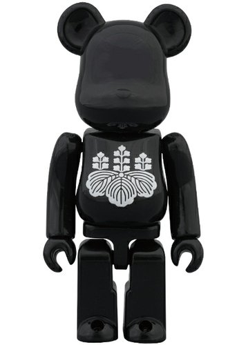 Yoshimoto Kogyo - Artist Be@rbrick Series 26 figure by Yoshimoto Kogyo, produced by Medicom Toy. Front view.
