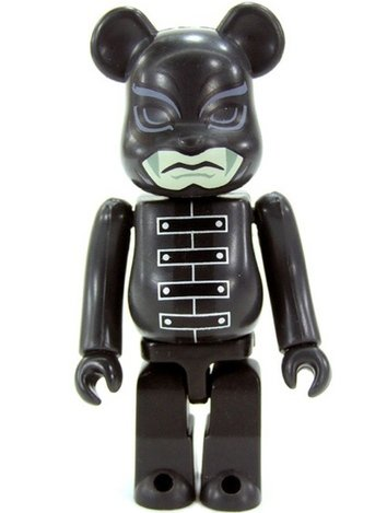 K-20 - The Phantom Thief with 20 faces - Horror Be@rbrick Series 17 figure by K-20 Film Partners, produced by Medicom Toy. Front view.