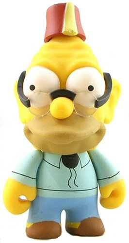 Grandpa Abe Simpson figure by Matt Groening, produced by Kidrobot. Front view.