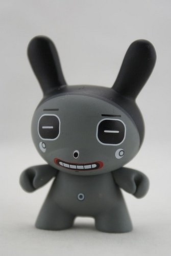 Square Eyes Grey figure by Dalek, produced by Kidrobot. Front view.