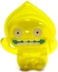 Yellow Flatwoods Monster figure by David Horvath, produced by Wonderwall. Front view.