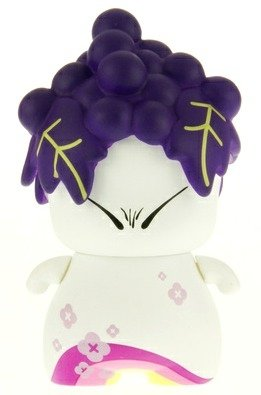 Purple Grape  figure by Red Magic, produced by Red Magic. Front view.