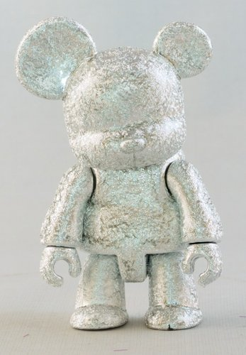 Metallic Silver Bear figure by Toy2R, produced by Toy2R. Front view.