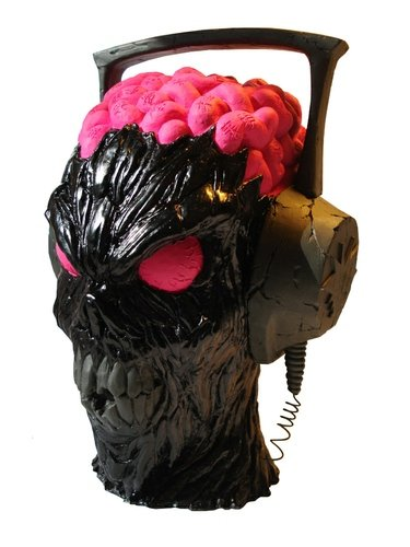 Headbanger - Kage figure by Erick Scarecrow, produced by Esc-Toy. Front view.