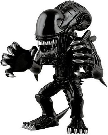 Alien Warrior - VCD Special No.119  figure by H8Graphix, produced by Medicom Toy. Front view.