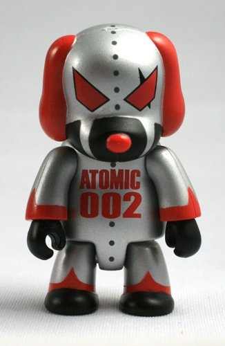 Atomic Dog figure by Mad Barbarians, produced by Toy2R. Front view.