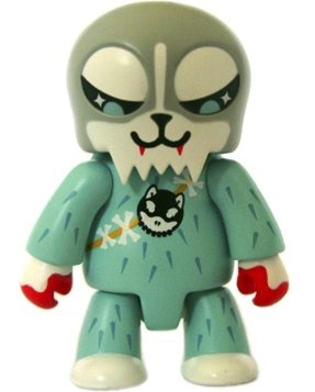Husky Hunter - Grey figure by Husky Papa, produced by Toy2R. Front view.