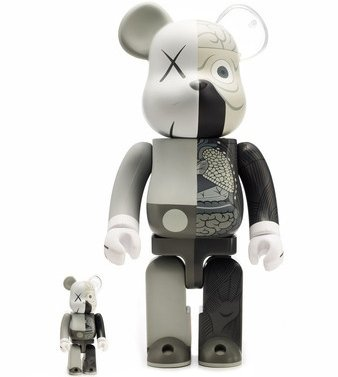 Dissected Companion Be@rbrick Mono - 400% and 100% Set figure by Kaws, produced by Medicom Toy. Front view.
