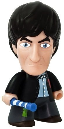 Doctor Who 50th Anniversary - 2nd Doctor figure by Matt Jones (Lunartik), produced by Titan Merchandise. Front view.