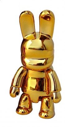 Metallic Bunny Qee  figure, produced by Toy2R. Front view.
