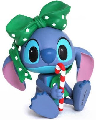 Stitch (Special Gift Version) figure by Disney, produced by Hot Toys. Front view.