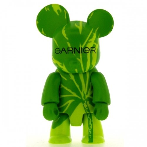 Garnier Qee figure by Toy2R, produced by Toy2R. Front view.
