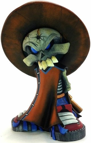 Bandito figure by Rsinart. Front view.