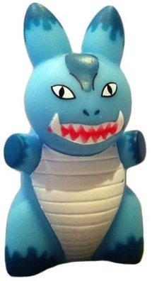 Kaiju - Blue figure by Frank Kozik, produced by Kidrobot. Front view.