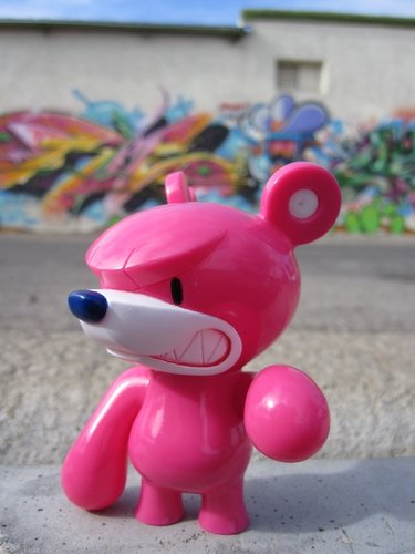 Baby KnuckleBear (ベビーナックルベア) - Pink figure by Touma, produced by Wonderwall. Side view.