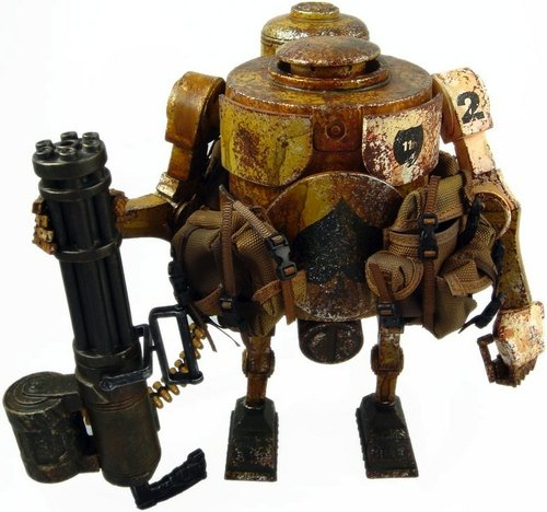 Desert Attack Bramble Mk 2 - 3AA Exclusive figure by Ashley Wood, produced by Threea. Front view.