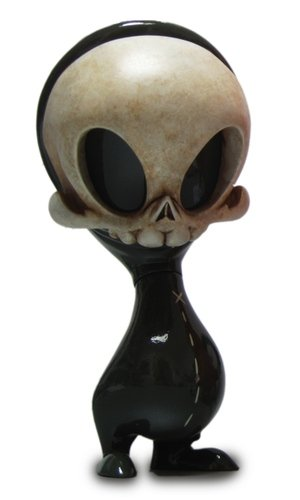 Skelve figure by Brandt Peters X Kathie Olivas, produced by Circus Posterus. Front view.