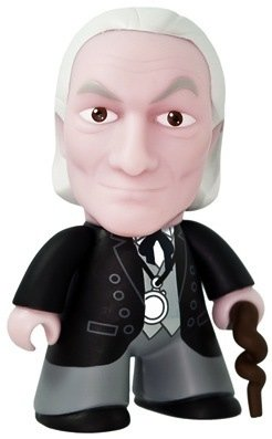 Doctor Who 50th Anniversary - 1st Doctor figure by Matt Jones (Lunartik), produced by Titan Merchandise. Front view.