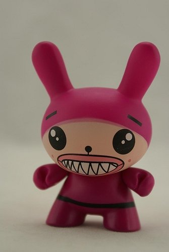 Sharp Teeth Pink figure by Dalek, produced by Kidrobot. Front view.