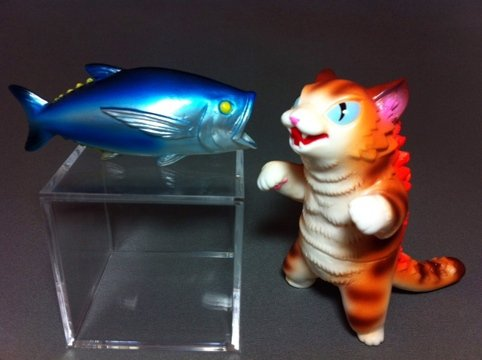 Kaiju Negora with Big Fish figure by Konatsu X Max Toy Co., produced by Max Toy Co.. Front view.
