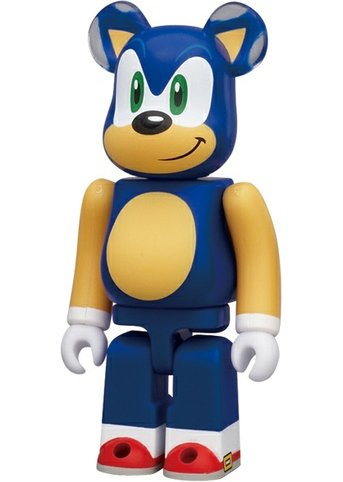 Sonic the Hedgehog 20th Anni - Hero Be@rbrick Series 23 figure by Sega, produced by Medicom Toy. Front view.