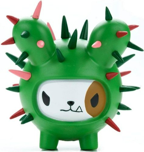 Bastardino  figure by Simone Legno (Tokidoki), produced by Strangeco. Front view.
