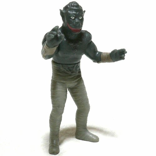 Mummy Man figure, produced by Bandai. Front view.