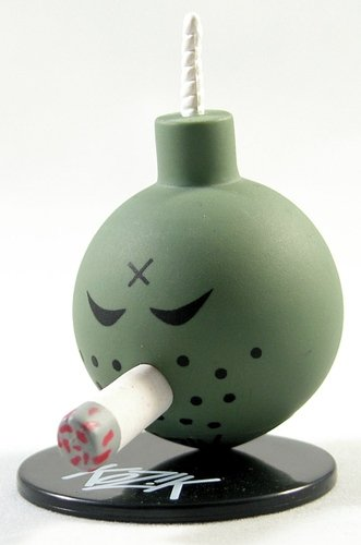 Wermacht Bomb figure by Frank Kozik, produced by Toy2R. Front view.