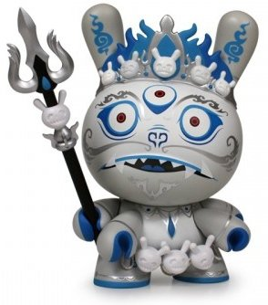 Mahākāla - Prosperity (SDCC 2012) figure by Andrew Bell, produced by Kidrobot. Front view.