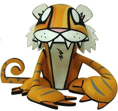 Tiger figure by Joe Ledbetter, produced by Play Imaginative. Front view.