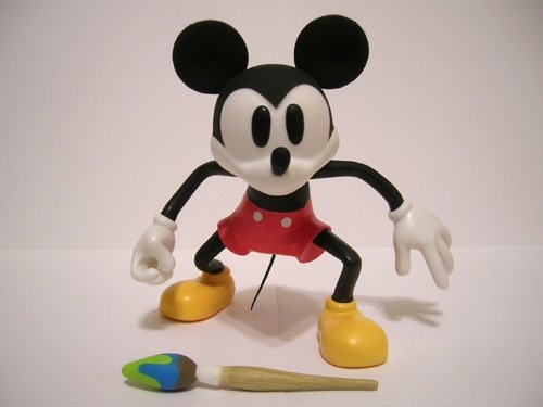 Epic Mickey Mouse figure, produced by Disney Mindstyle . Front view.