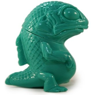 Snybora - Unpainted Green figure by Chris Ryniak, produced by Squibbles Ink + Rotofugi. Front view.
