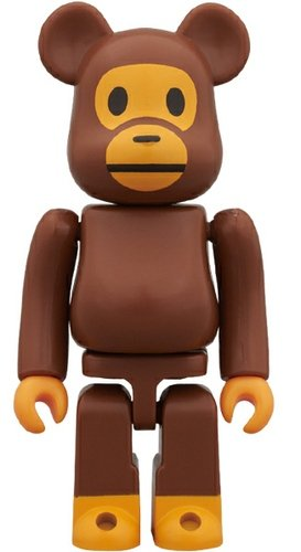 Baby Milo Be@rbrick 100% figure by Bape, produced by Medicom Toy. Front view.