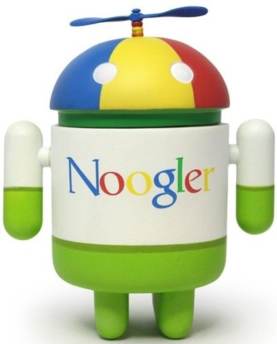 Noogler figure by Jeff Yaksick, produced by Dyzplastic. Front view.