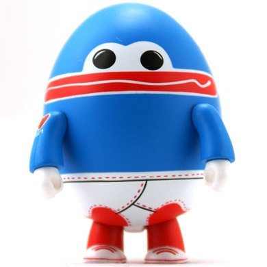 mummysboy figure, produced by Toy2R. Front view.