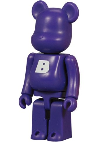 Basic Be@rbrick Series 8 - B figure, produced by Medicom Toy. Front view.