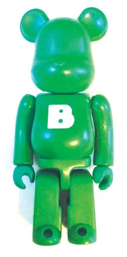Basic Be@rbrick Series 6 - B figure, produced by Medicom Toy. Front view.