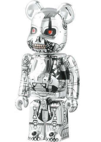Terminator Salvation - SF Be@rbrick Series 18 figure, produced by Medicom Toy. Front view.