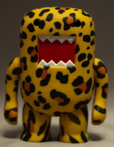 Deco Leopard 4-inch DOMO figure, produced by Dark Horse. Front view.