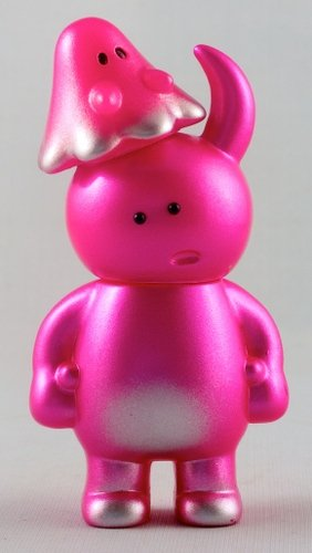 Hang Gang Exclusive - Dazed - Uamou & Boo figure by Ayako Takagi, produced by Uamou. Front view.
