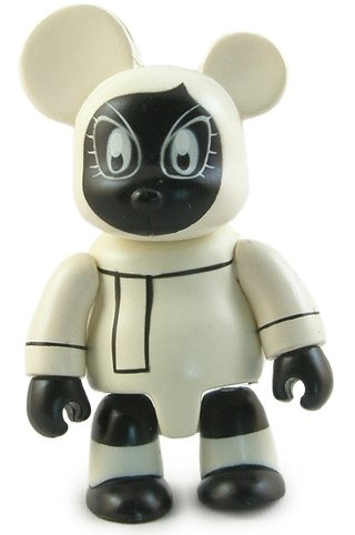Mono Whos Next Bear figure, produced by Toy2R. Front view.