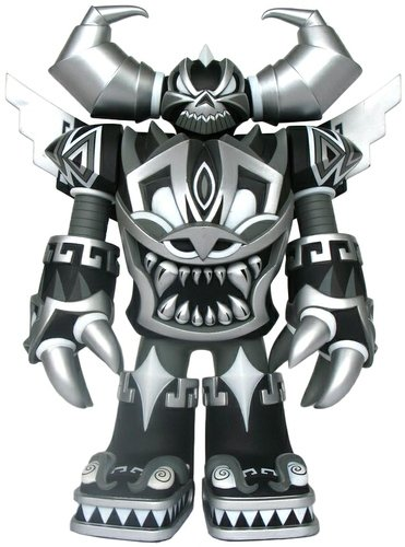 Mecha Azteca - Shadow (Chase) figure by Jesse Hernandez, produced by Raje Toys. Front view.