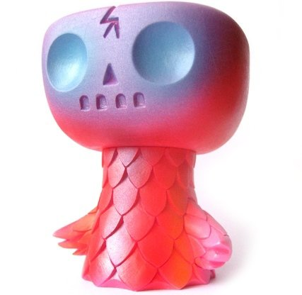 SD Dokuwashi figure by Brian Flynn, produced by Super7. Front view.