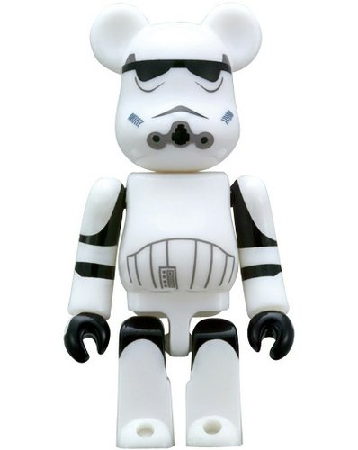 Stormtrooper 70% Be@rbrick figure by Lucasfilm Ltd., produced by Medicom Toy. Front view.