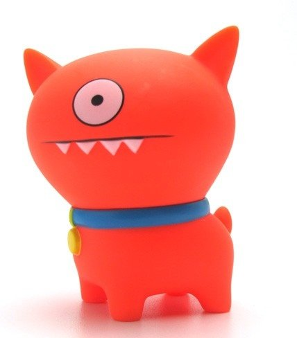 Uglydog - Red figure by David Horvath X Sun-Min Kim, produced by Pretty Ugly Llc.. Front view.
