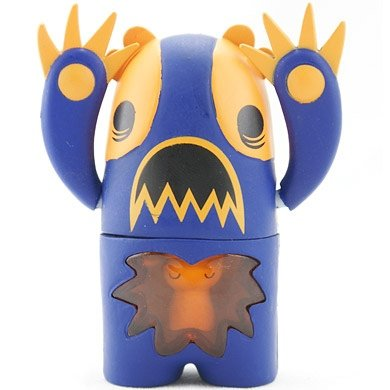 Jaffa Hoff figure by Peskimo, produced by Kidrobot. Front view.