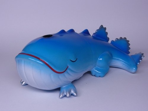 Sleeping Killer - Ocean Edition, Angel Abby Exclusive figure by Bwana Spoons, produced by Gargamel. Front view.