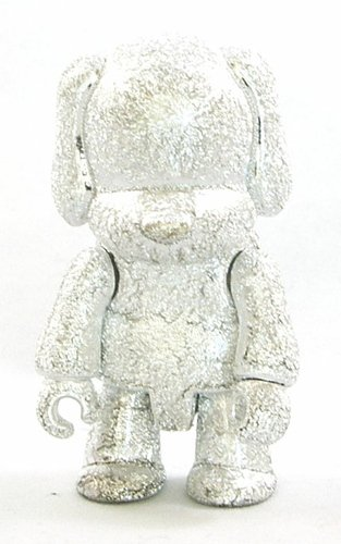 Metallic Silver Dog figure by Toy2R, produced by Toy2R. Front view.